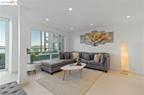 Photo of 4 Anchor Dr #F225, EMERYVILLE, CA 94608 (MLS # 40939661)