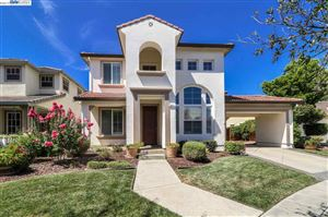 Photo of 351 collins ct, MOUNTAIN HOUSE, CA 95391 (MLS # 40875662)
