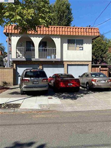 Photo of 1435 Bay Street, ALAMEDA, CA 94501 (MLS # 40922663)