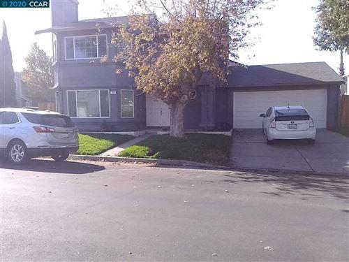 Photo of 710 Calico Way, OAKLEY, CA 94561 (MLS # 40929663)