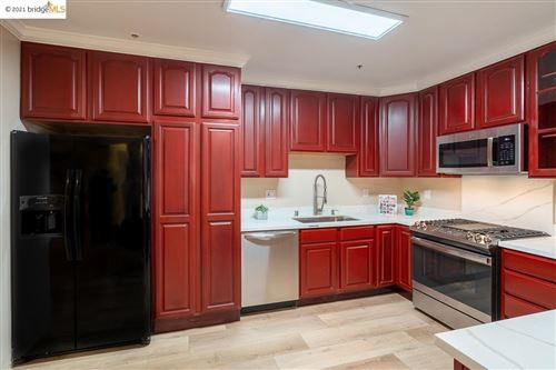 Photo of 1515 14Th Ave #301, OAKLAND, CA 94606 (MLS # 40967663)