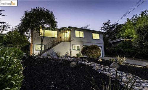 Photo of 18755 Walnut Rd, CASTRO VALLEY, CA 94546 (MLS # 40911665)
