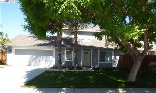 Photo of 2566 Secretariat Dr, PLEASANTON, CA 94566 (MLS # 40913668)