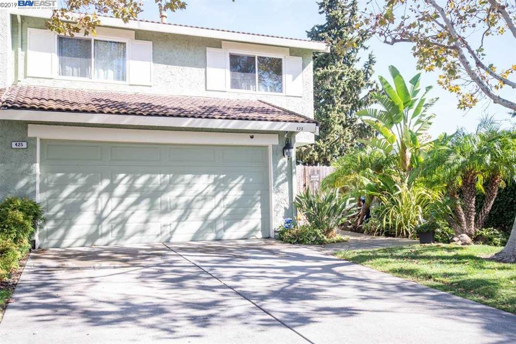 Photo for 425 BAY CREST DR, PITTSBURG, CA 94565 (MLS # 40885668)