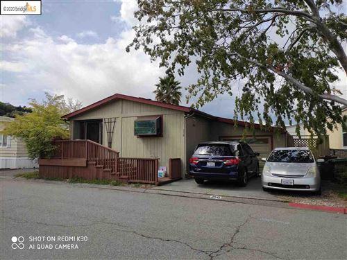 Photo of 356 Yosemite Rd, SAN RAFAEL, CA 94903 (MLS # 40915671)