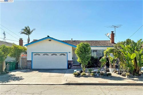 Photo of 15589 Wicks Blvd, SAN LEANDRO, CA 94579 (MLS # 40922672)