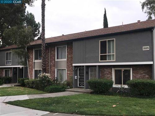 Photo of 3525 NORTHWOOD DR #C, CONCORD, CA 94520 (MLS # 40921674)