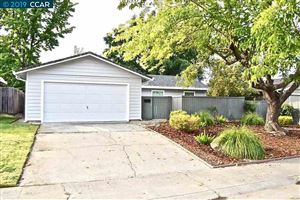 Photo of 7730 Spring Valley Ave, CITRUS HEIGHTS, CA 95610 (MLS # 40885675)