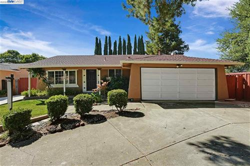 Photo of 6876 Rayland Ct, PLEASANTON, CA 94588 (MLS # 40914675)