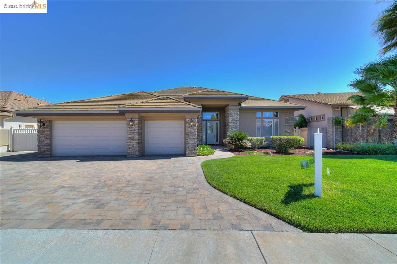 Photo of 3932 Lighthouse Pl, DISCOVERY BAY, CA 94505 (MLS # 40947676)