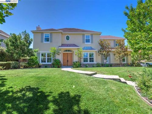 Photo of 2288 Vineyard Heights Ln, PLEASANTON, CA 94566 (MLS # 40916678)