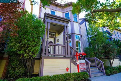 Photo of 2084 Clark St, HERCULES, CA 94547 (MLS # 40922678)