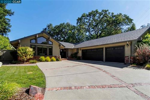 Photo of 934 Raintree Pl, LAFAYETTE, CA 94549 (MLS # 40905679)