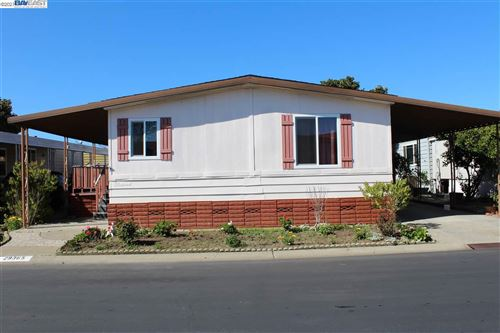 Photo of 29365 Nantucket, HAYWARD, CA 94544 (MLS # 40939679)