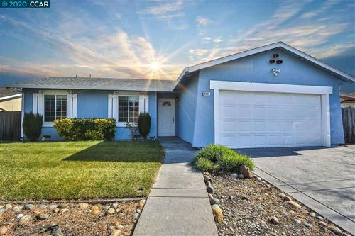 Photo of 2239 Mount Whitney Dr, PITTSBURG, CA 94565 (MLS # 40895681)