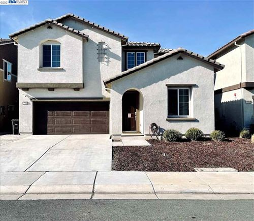 Photo of 295 Coolcrest Dr, OAKLEY, CA 94561 (MLS # 40934681)