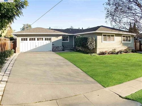 Photo of 416 Hillview Dr, FREMONT, CA 94536 (MLS # 40935681)