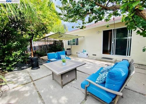 Photo of 1624 Palm Ave, REDWOOD CITY, CA 94061 (MLS # 40924682)