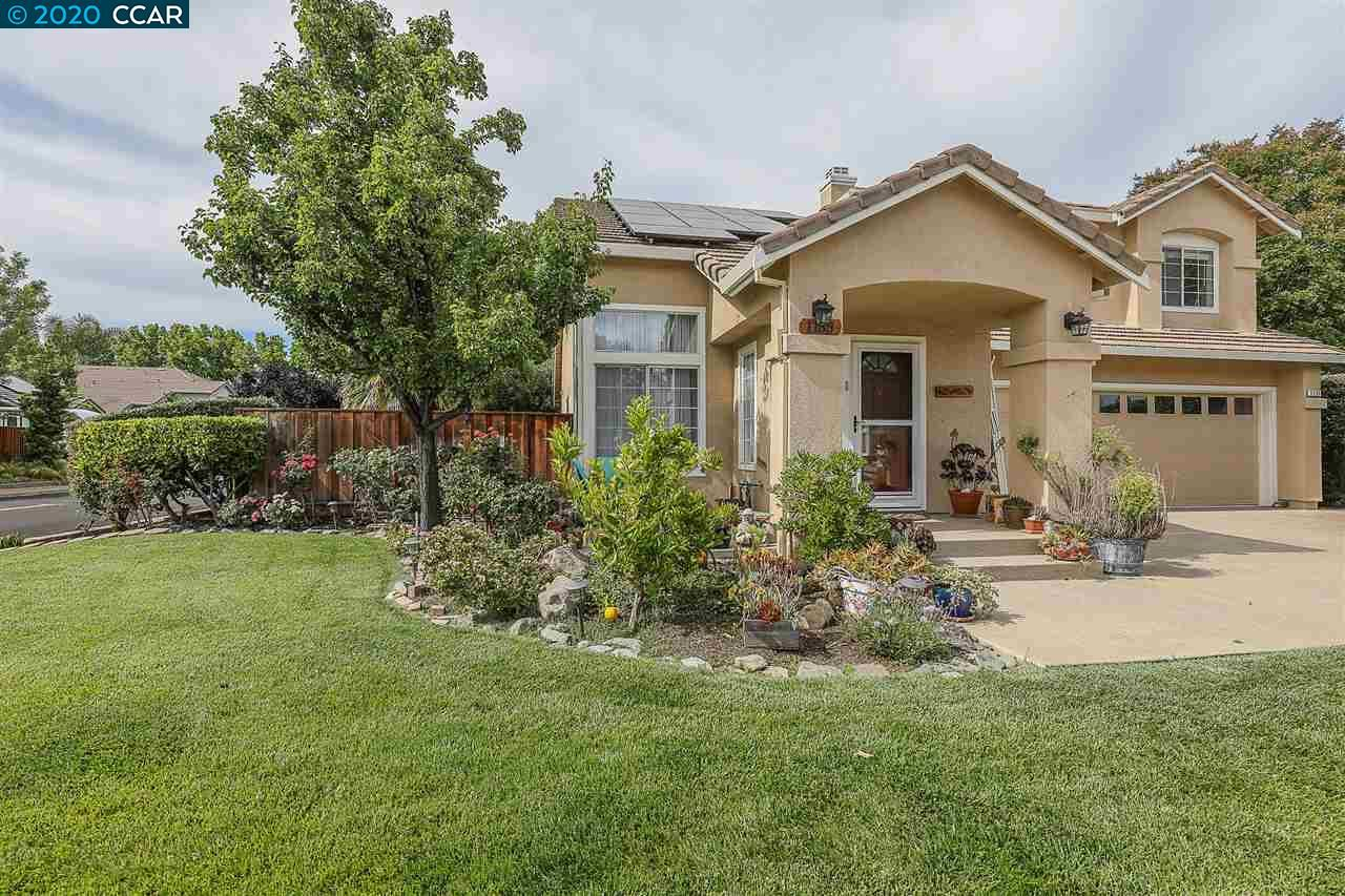 Photo of 1135 brookdale dr, BRENTWOOD, CA 94513 (MLS # 40926682)