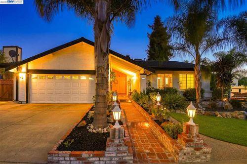 Photo of 225 Viento Drive, FREMONT, CA 94536 (MLS # 40922683)