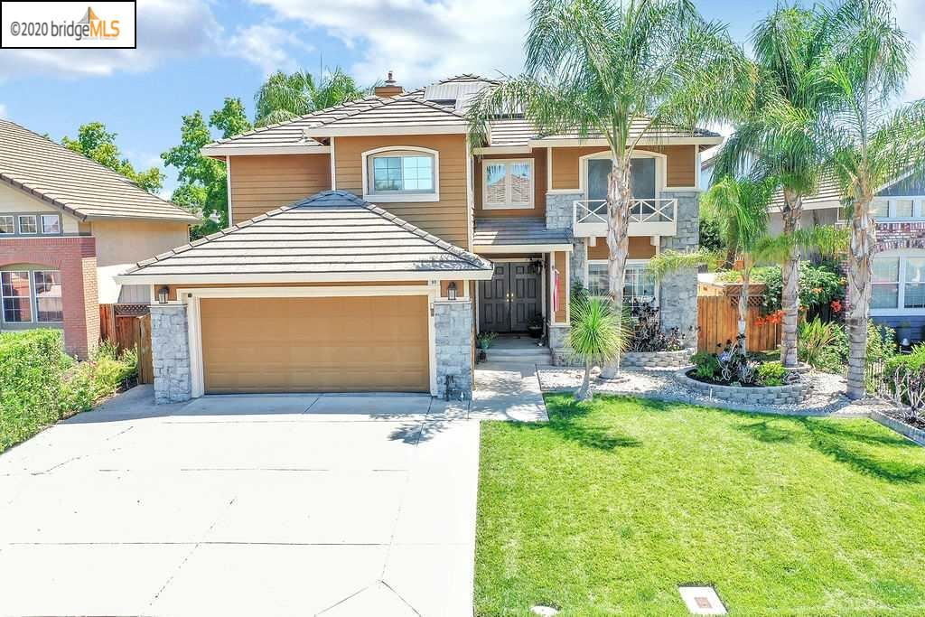 Photo of 90 Goldmeadow Ct, BRENTWOOD, CA 94513 (MLS # 40915683)