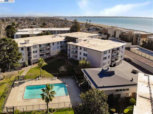 Photo of 960 Shorepoint Ct #310, ALAMEDA, CA 94501 (MLS # 40935684)