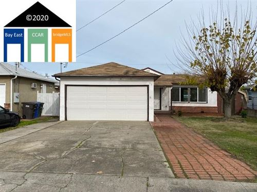 Photo of 52 Bell Dr, PITTSBURG, CA 94565 (MLS # 40892686)