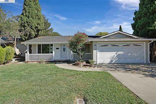 Photo of 2860 Langhorn Dr, FREMONT, CA 94555 (MLS # 40922686)