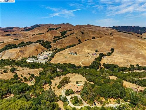 Photo of 11235 Crow Canyon Rd, CASTRO VALLEY, CA 94552 (MLS # 40961686)