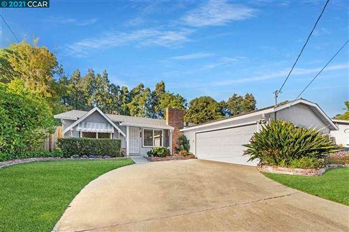 Photo of 2657 Doidge Ave, PINOLE, CA 94564 (MLS # 40953687)