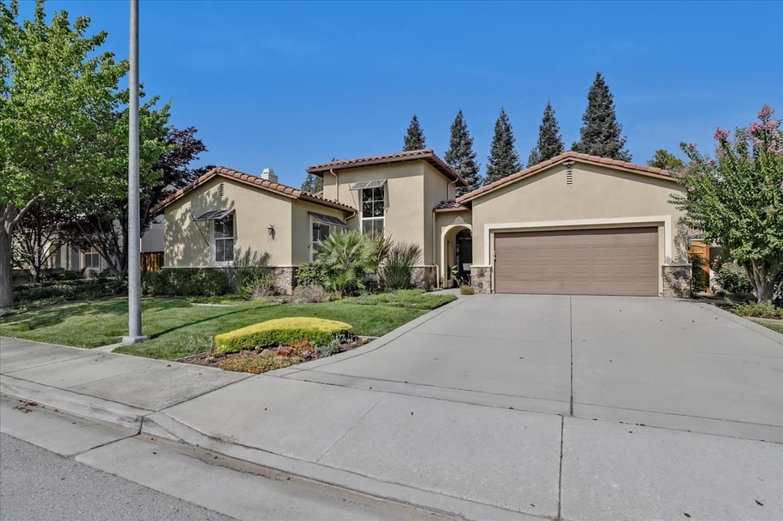 2015 Domaine Drive, Morgan Hill, CA 95037 - #: ML81865687
