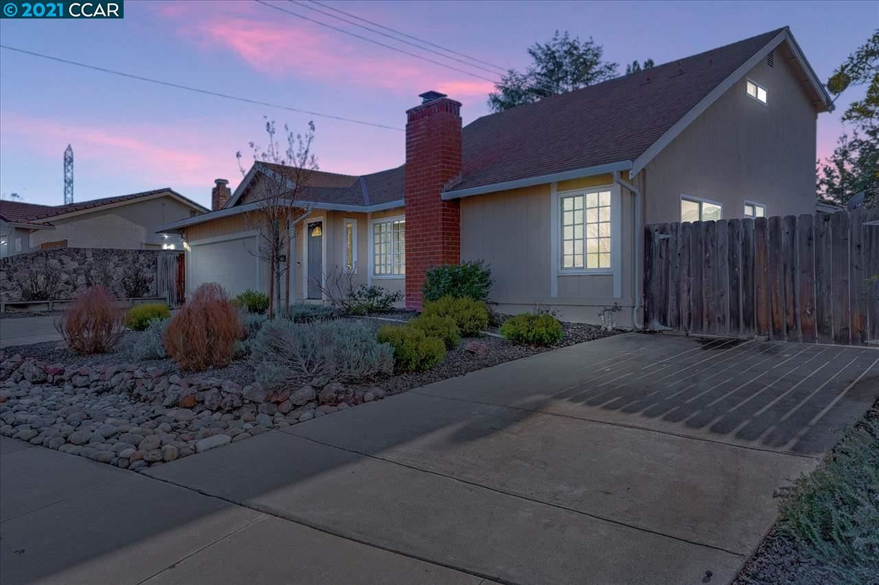 Photo for 9801 Broadmoor Dr, SAN RAMON, CA 94583 (MLS # 40938690)