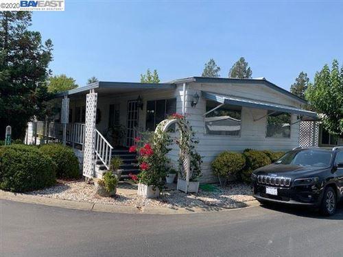 Photo of 3231 Vineyard Ave #81, PLEASANTON, CA 94566 (MLS # 40919691)
