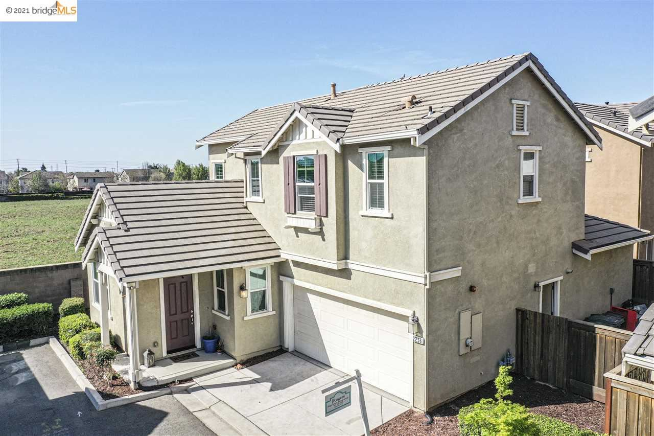 Photo for 2256 Gallery Drive, RIVERBANK, CA 95367 (MLS # 40938691)