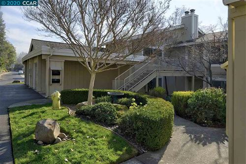 Photo of 2105 Cactus Ct #3, WALNUT CREEK, CA 94595 (MLS # 40891692)