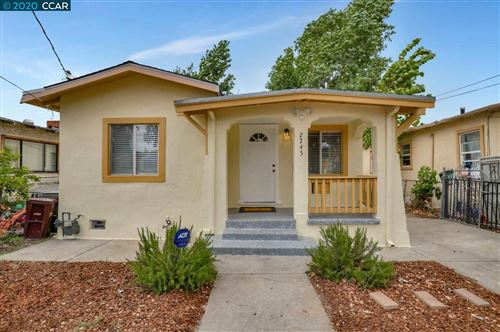 Photo of 2745 78Th Ave, OAKLAND, CA 94605 (MLS # 40915692)