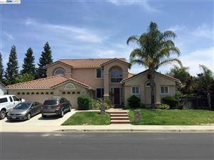 Photo of 1745 Embassy Cir, LIVERMORE, CA 94550 (MLS # 40810694)