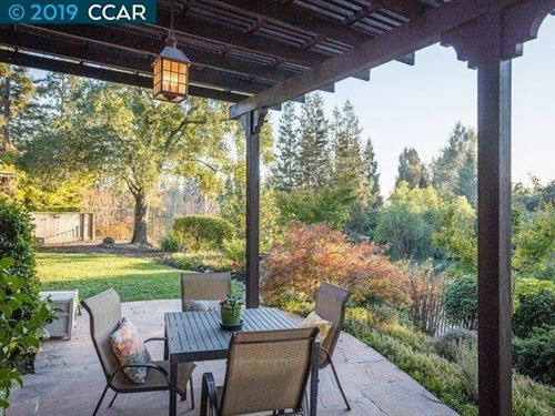 Photo of 517 Kingswood Place, DANVILLE, CA 94506 (MLS # 40890695)