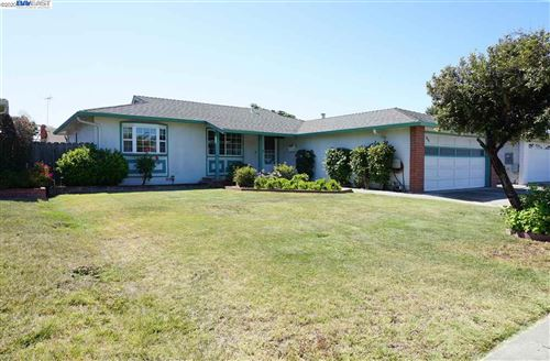 Photo of 4430 Ribera St, FREMONT, CA 94536 (MLS # 40911695)