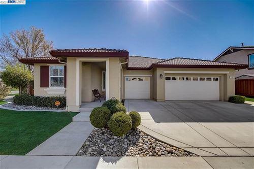 Photo of 516 Vivian Street, BRENTWOOD, CA 94513 (MLS # 40938696)