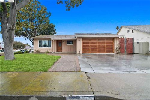Photo of 31399 Santa Maria, UNION CITY, CA 94587 (MLS # 40900697)