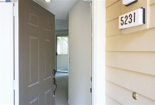 Photo of 5231 Tacoma Cmn, FREMONT, CA 94555 (MLS # 40934697)