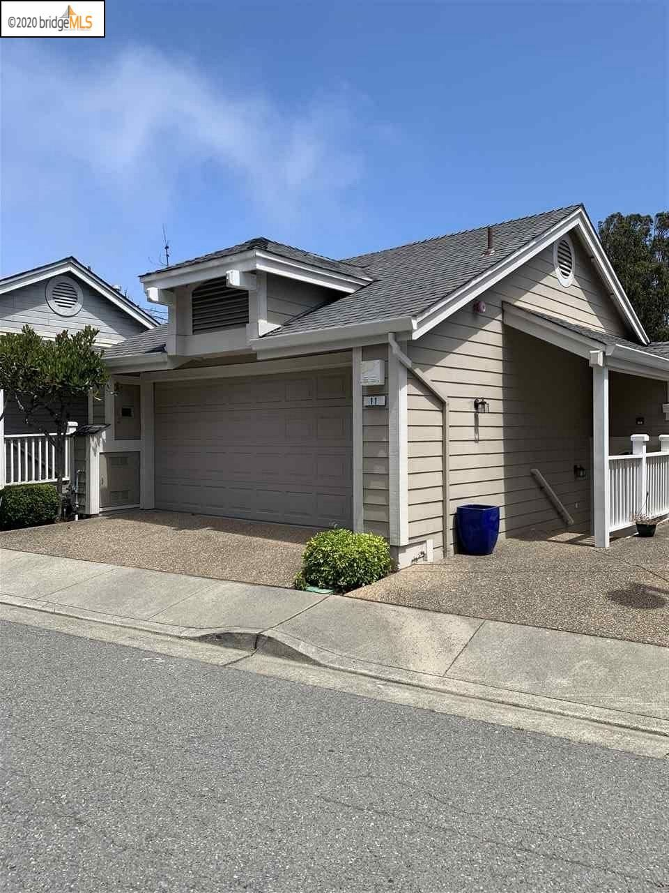 Photo for 11 Moonlight Court, SOUTH SAN FRANCISCO, CA 94080 (MLS # 40912701)