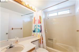 Tiny photo for 646 Country Ln, OAKLEY, CA 94561 (MLS # 40885702)
