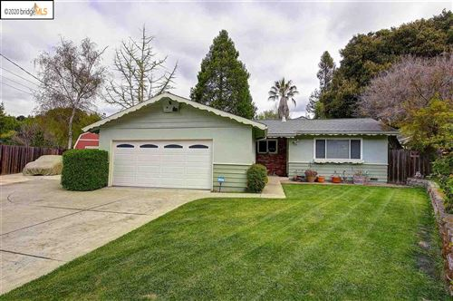 Photo of 2320 Hoytt Ct, PINOLE, CA 94564 (MLS # 40900703)
