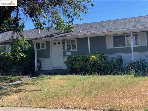 Photo of 4830 Geneva Ave, CONCORD, CA 94521 (MLS # 40911703)