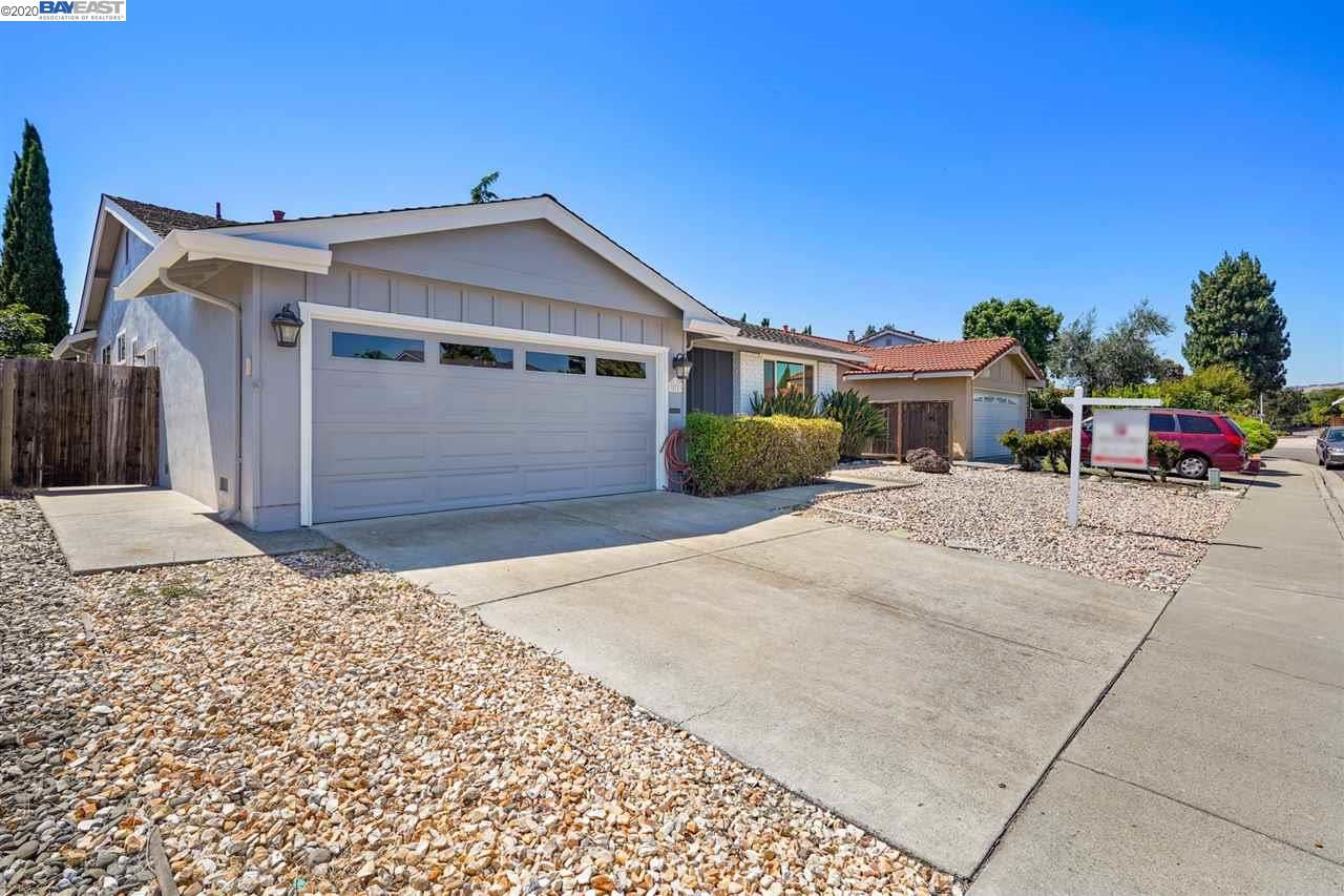 Photo for 35783 Augustine Pl, FREMONT, CA 94536 (MLS # 40909704)