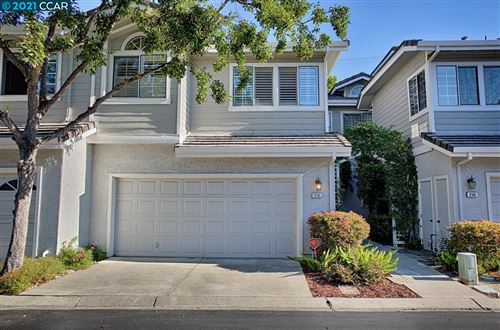 Photo of 216 Country Meadows Ln, DANVILLE, CA 94506 (MLS # 40966705)