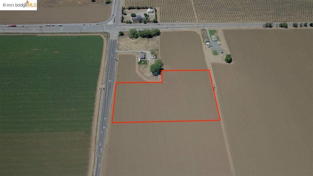 Photo of 26125 Marsh Creek Rd, BRENTWOOD, CA 94513 (MLS # 40947706)
