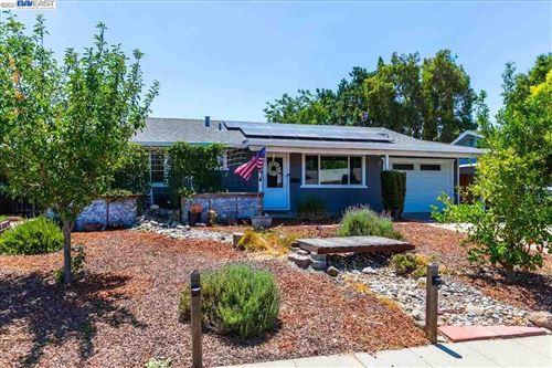 Photo of 1167 Hibiscus Way, LIVERMORE, CA 94551 (MLS # 40955708)